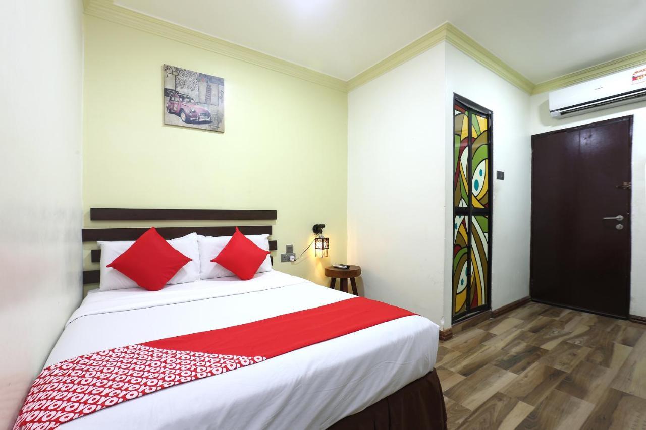 Отель OYO 90045 Dalyla Inn Hotel - отзывы Booking