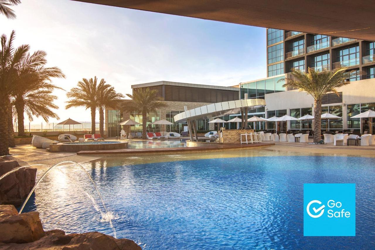 Отель  Отель  Yas Island Rotana Abu Dhabi