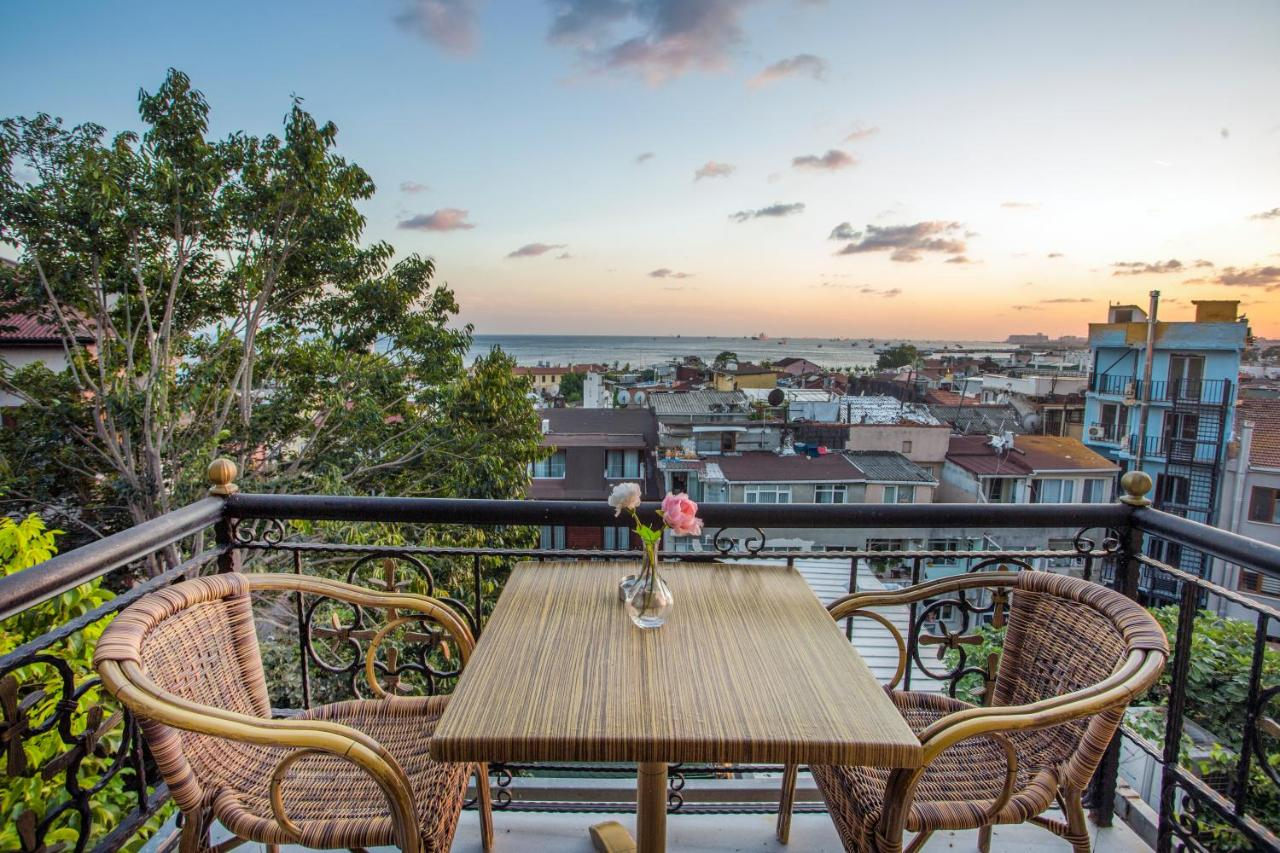 Отель  Отель  Garden House Istanbul