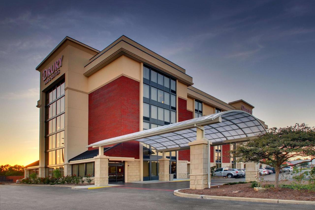 Отель  Отель  Drury Inn & Suites Evansville East