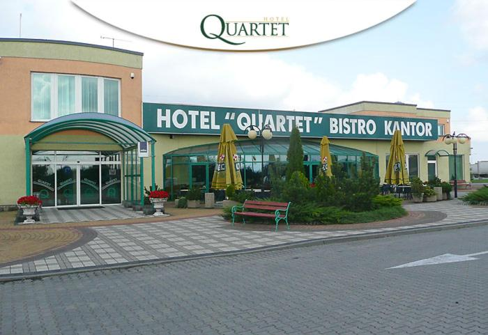 Hotel Quartet