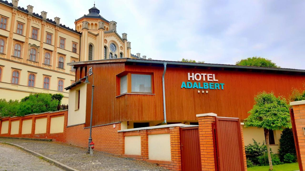 Фото  Отель  Hotel Adalbert Szent György Ház