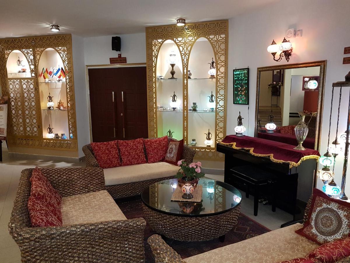 Отель  Desert Sounds - Boutique Hotel