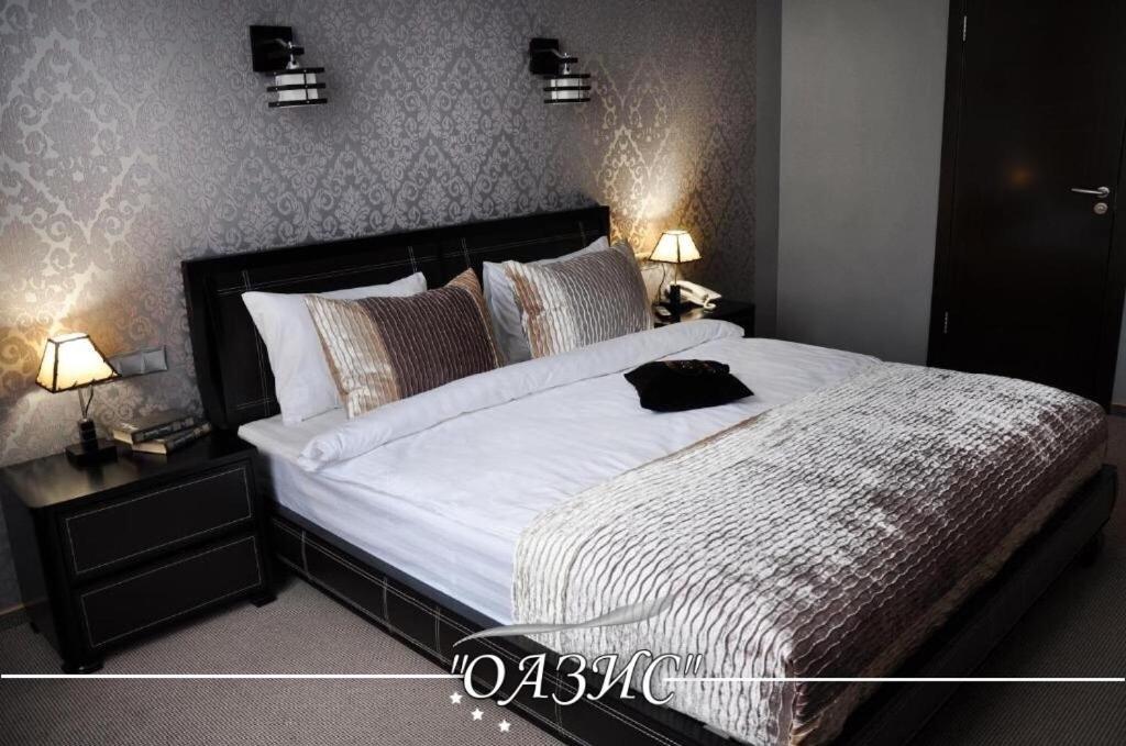 Отель  Oasis Hotel  - отзывы Booking