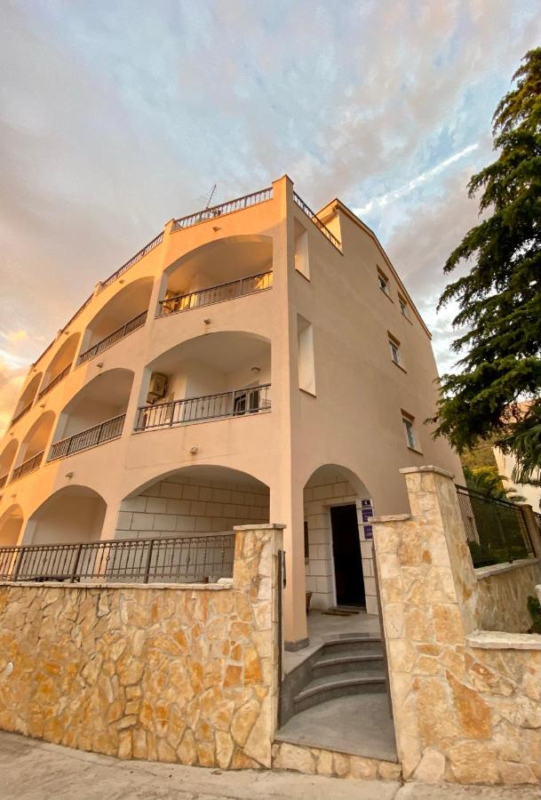 Апартаменты/квартиры  Apartments Grozdana  - отзывы Booking