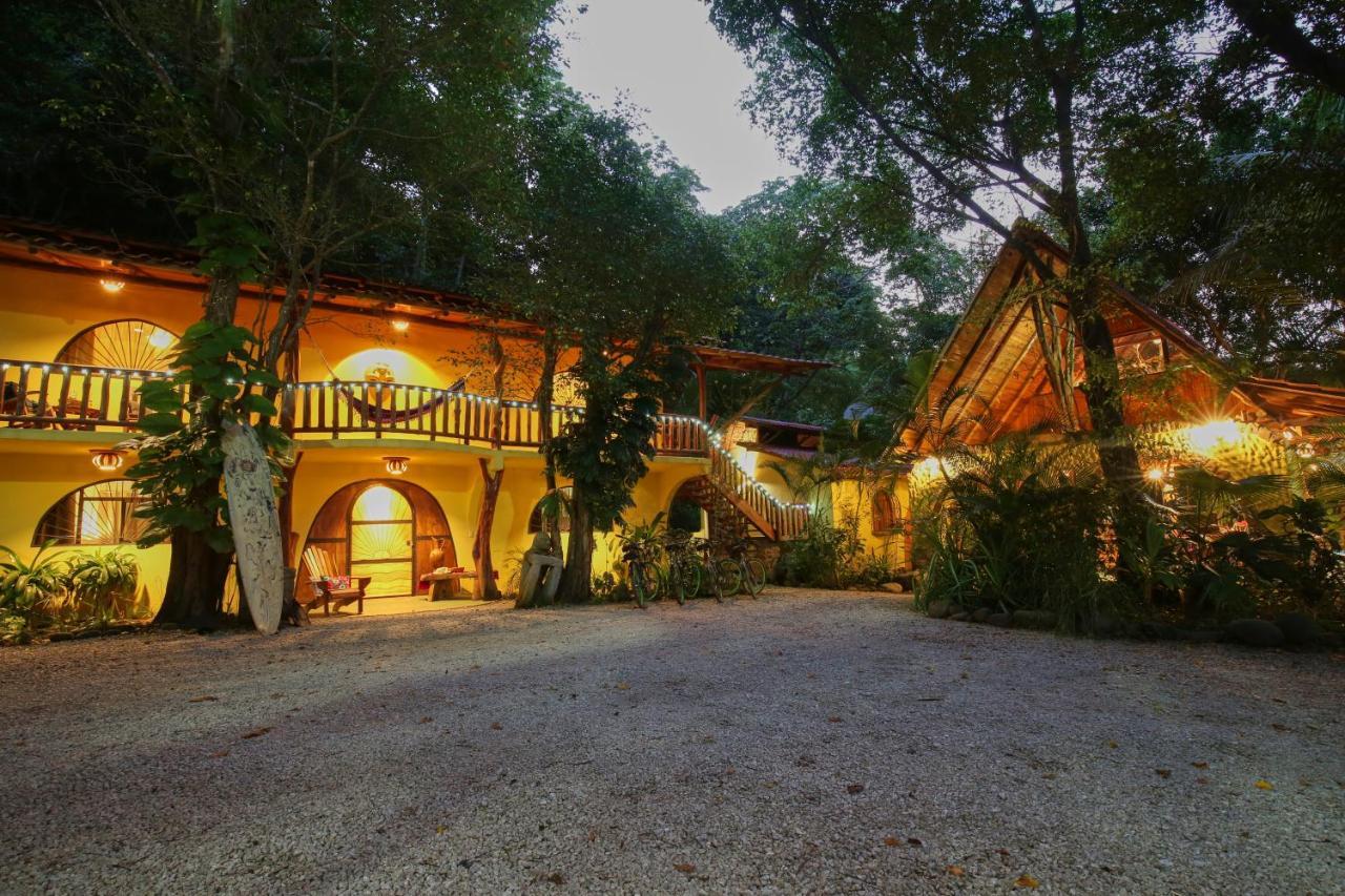 Отель типа «постель и завтрак»  Nosara Sunrise Bed and Breakfast  - отзывы Booking