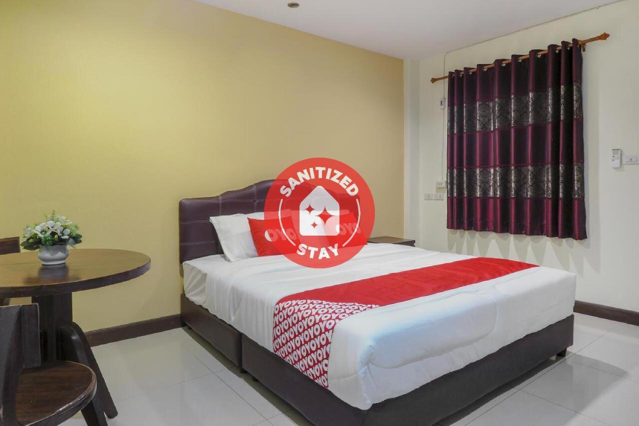 Отель  OYO 775 Explore Hotel  - отзывы Booking