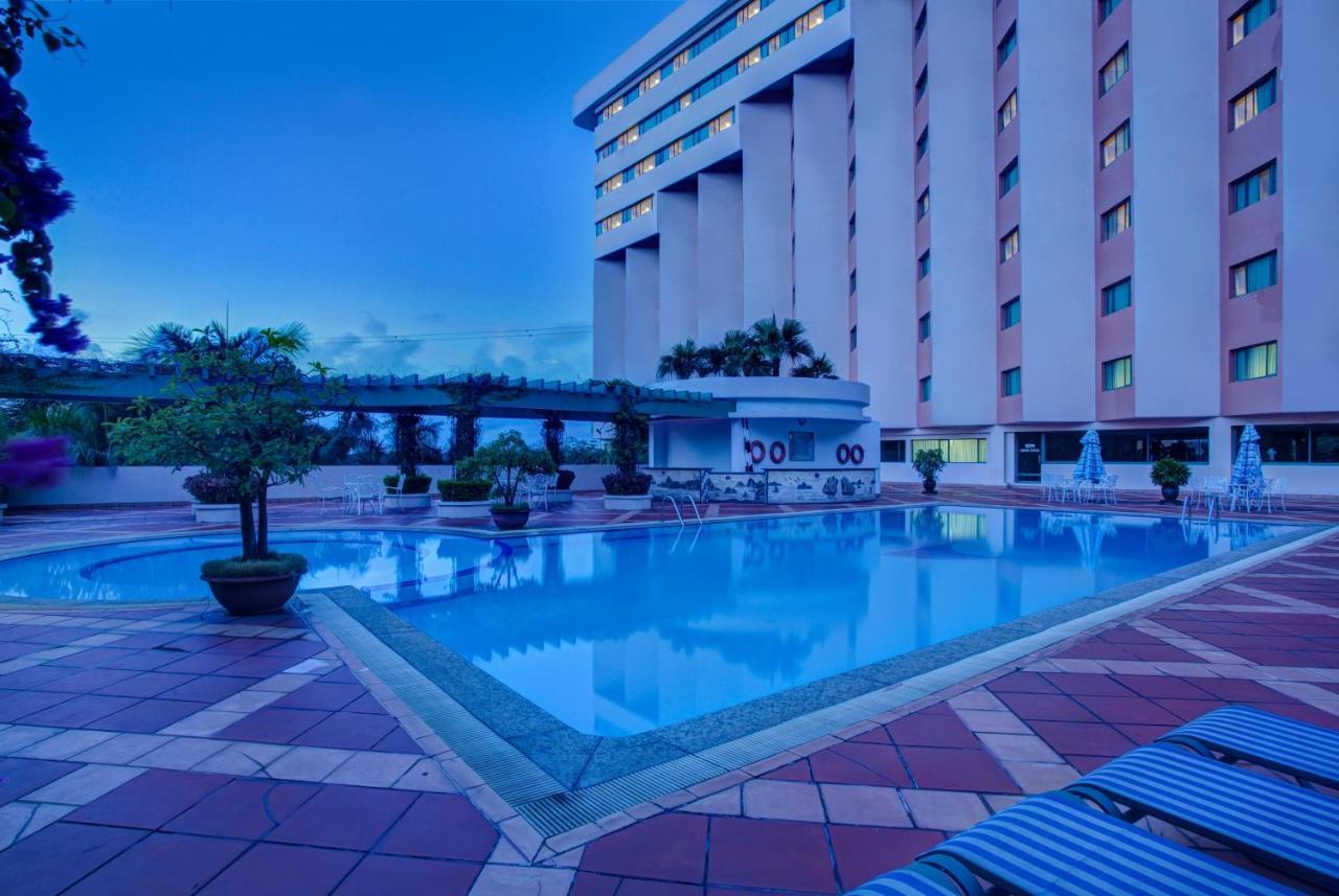Отель  Halong Plaza Hotel