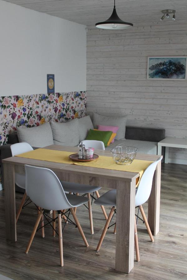 Апартаменты/квартира  AND Apartment