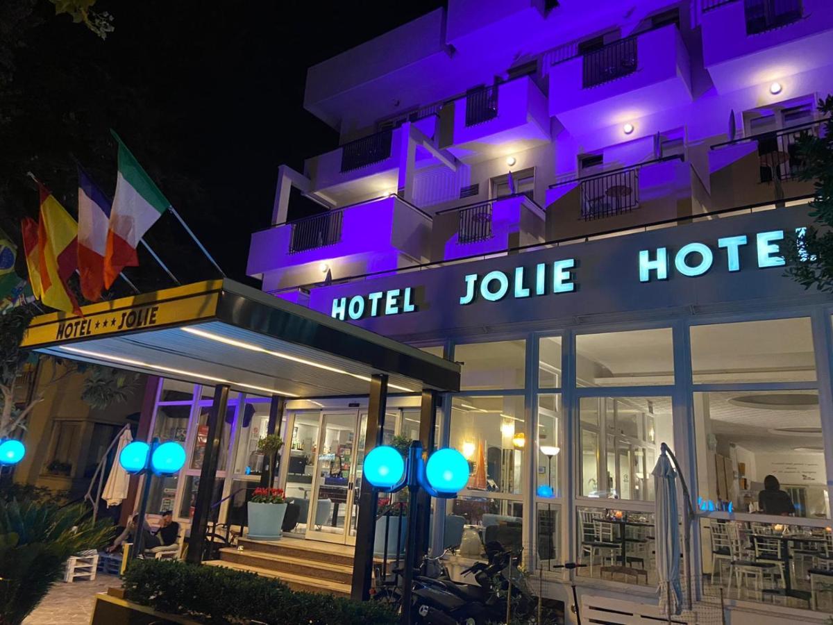 Отель  Hotel Jolie  - отзывы Booking