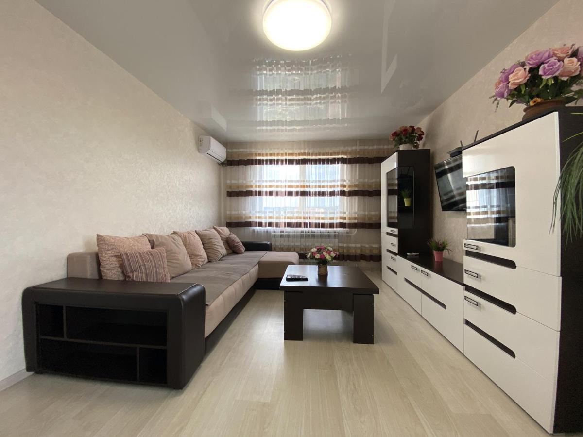 Апартаменты/квартиры  3-комн квартиры в самом сердце Пятигорска Sutki26  - отзывы Booking