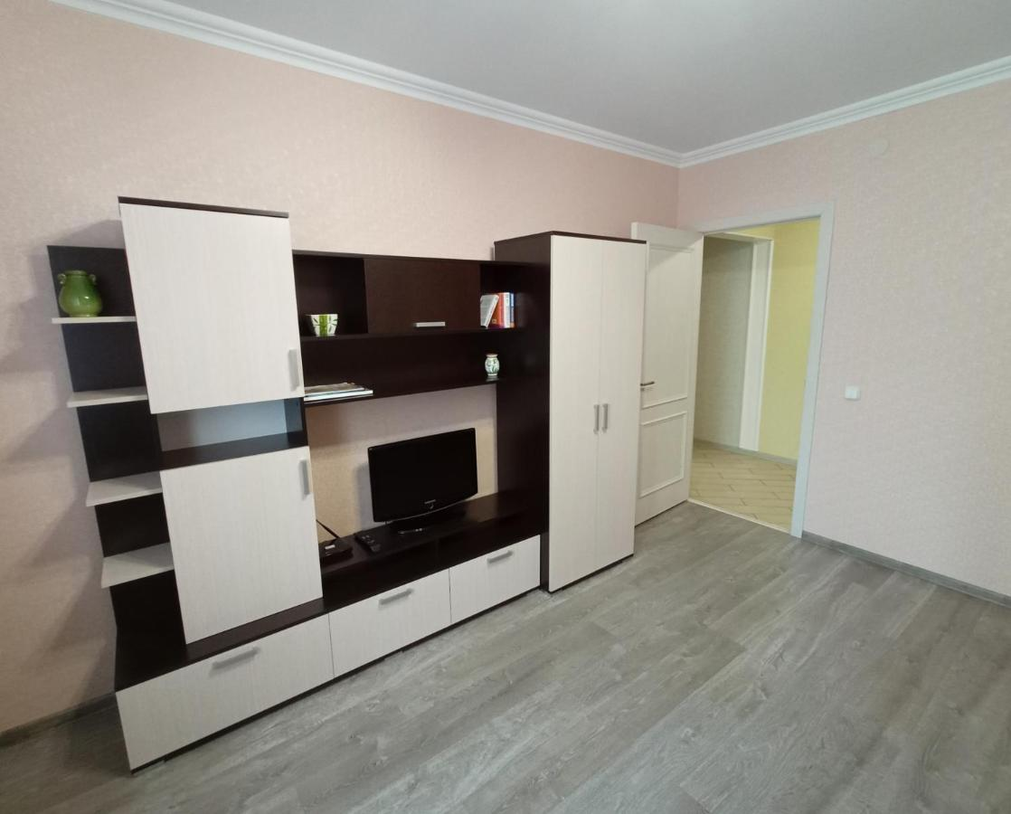 Апартаменты/квартира  Квартира Шувалова 4 к 1  - отзывы Booking