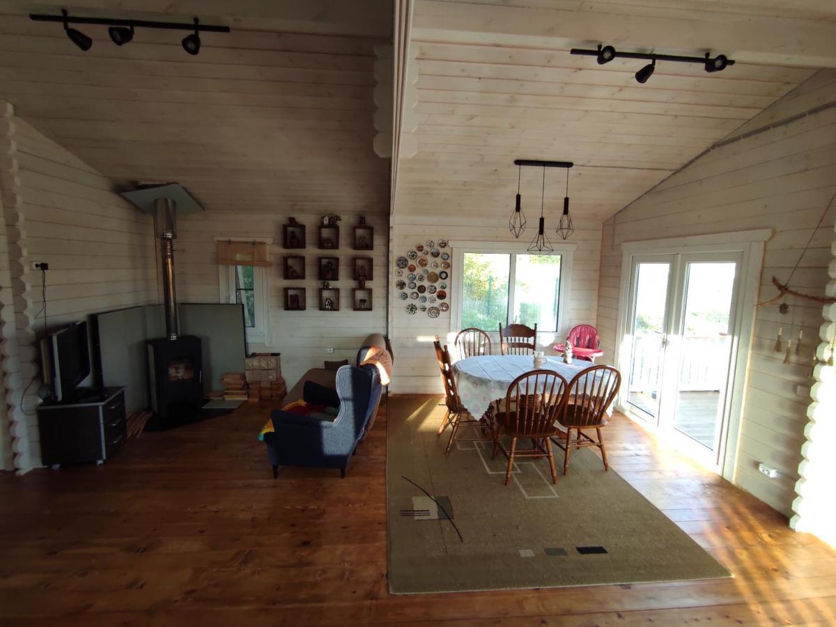 Дом для отпуска  Летний домик Золотая сотка