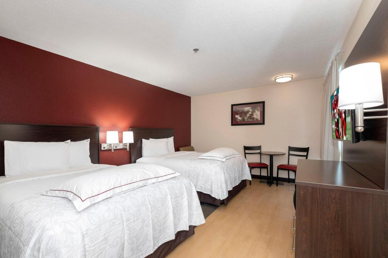 Отель  Отель  Red Roof Inn PLUS+ Austin South