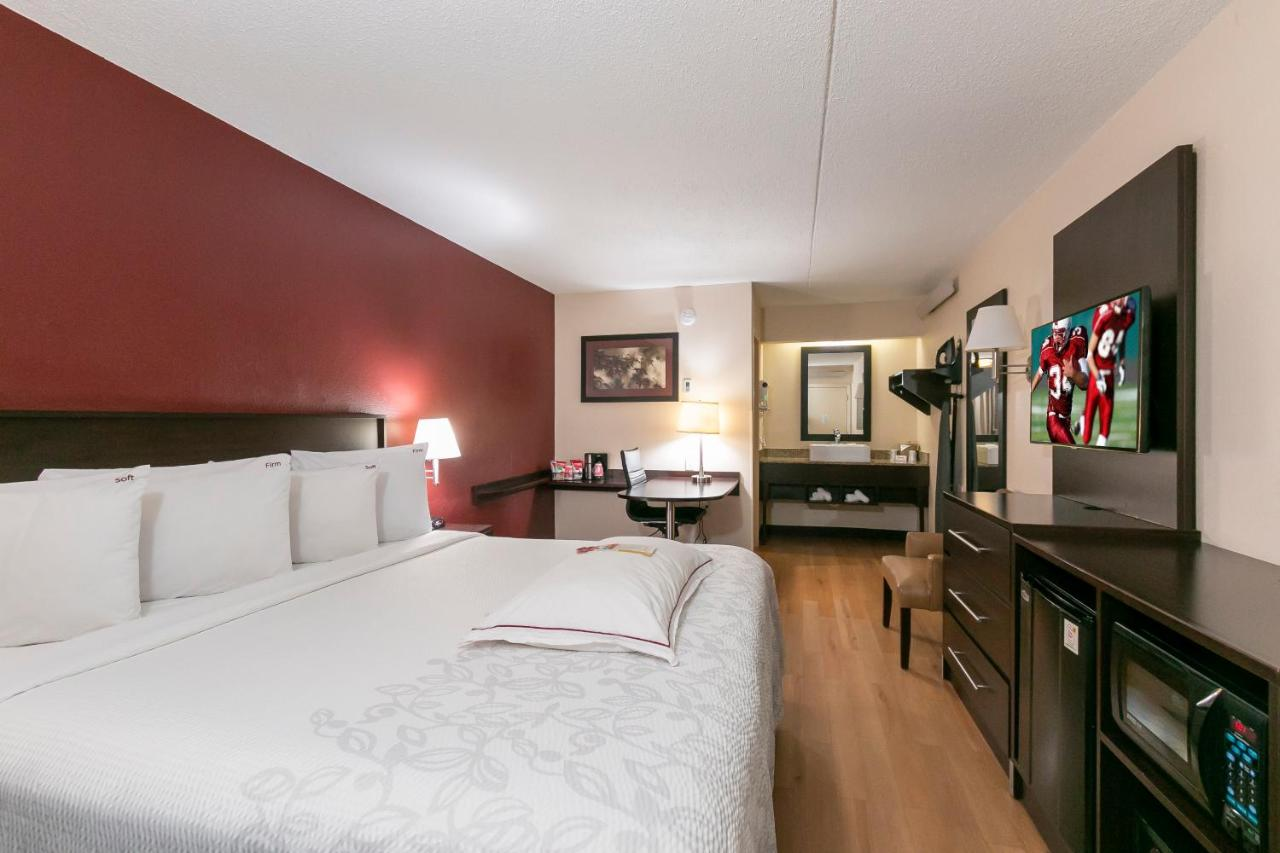 Отель  Red Roof Inn PLUS+ Columbus-Ohio State University OSU