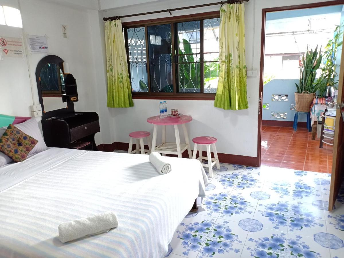 Гостевой дом  Sabaydee House at Pai  - отзывы Booking