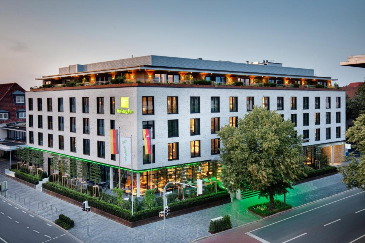 Отель  Holiday Inn Osnabruck, an IHG hotel  - отзывы Booking