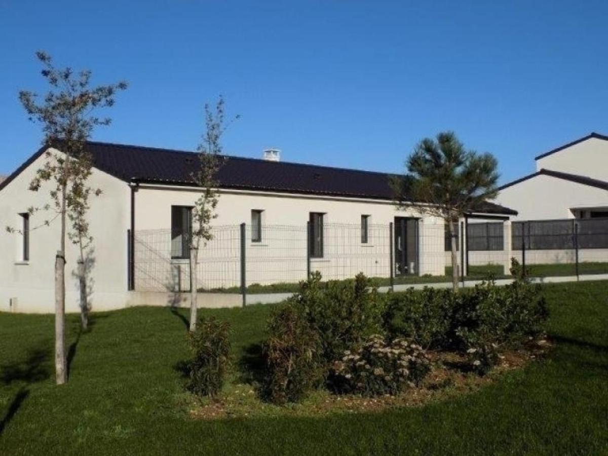Дом для отпуска  Maison Saint-Palais-sur-Mer, 4 pièces, 6 personnes - FR-1-305-1384  - отзывы Booking