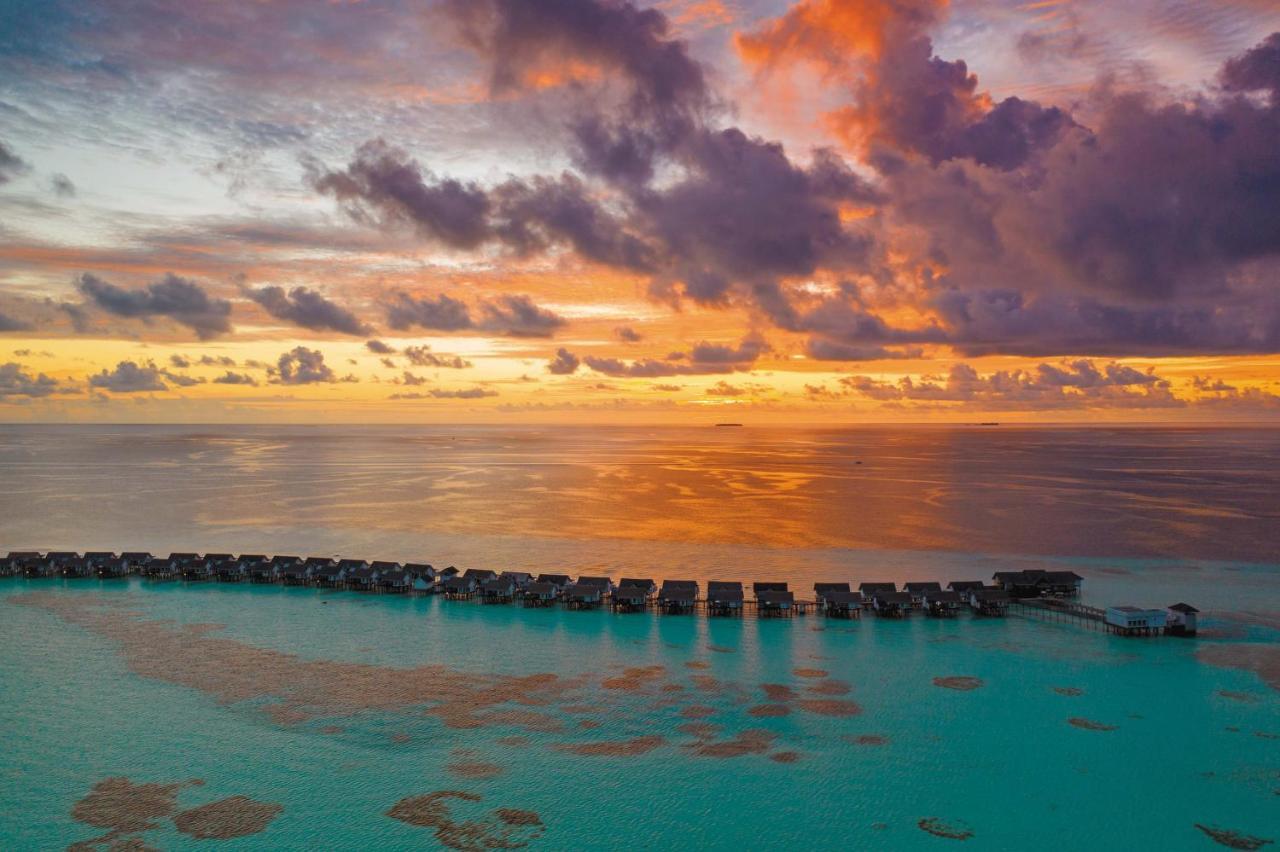Курортный отель  Курортный отель  OZEN By Atmosphere At Maadhoo - A Luxury All-Inclusive Resort