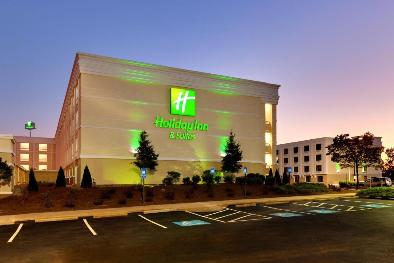 Отель  Отель  Holiday Inn & Suites Atlanta Airport North