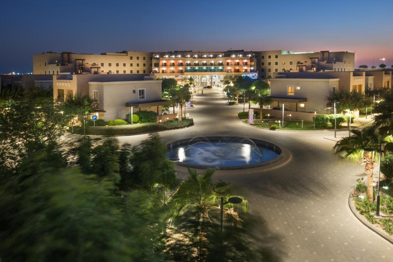 Отель  Alreem Village Hotel  - отзывы Booking