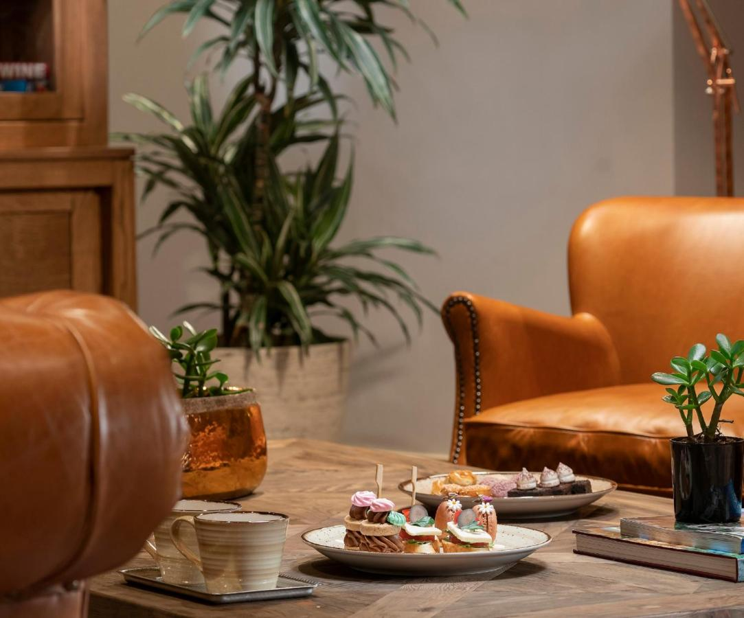 Отель  Crowne Plaza Florya Istanbul, an IHG Hotel  - отзывы Booking