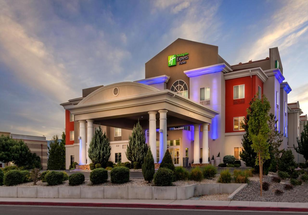 Отель  Holiday Inn Express Reno Airport  - отзывы Booking