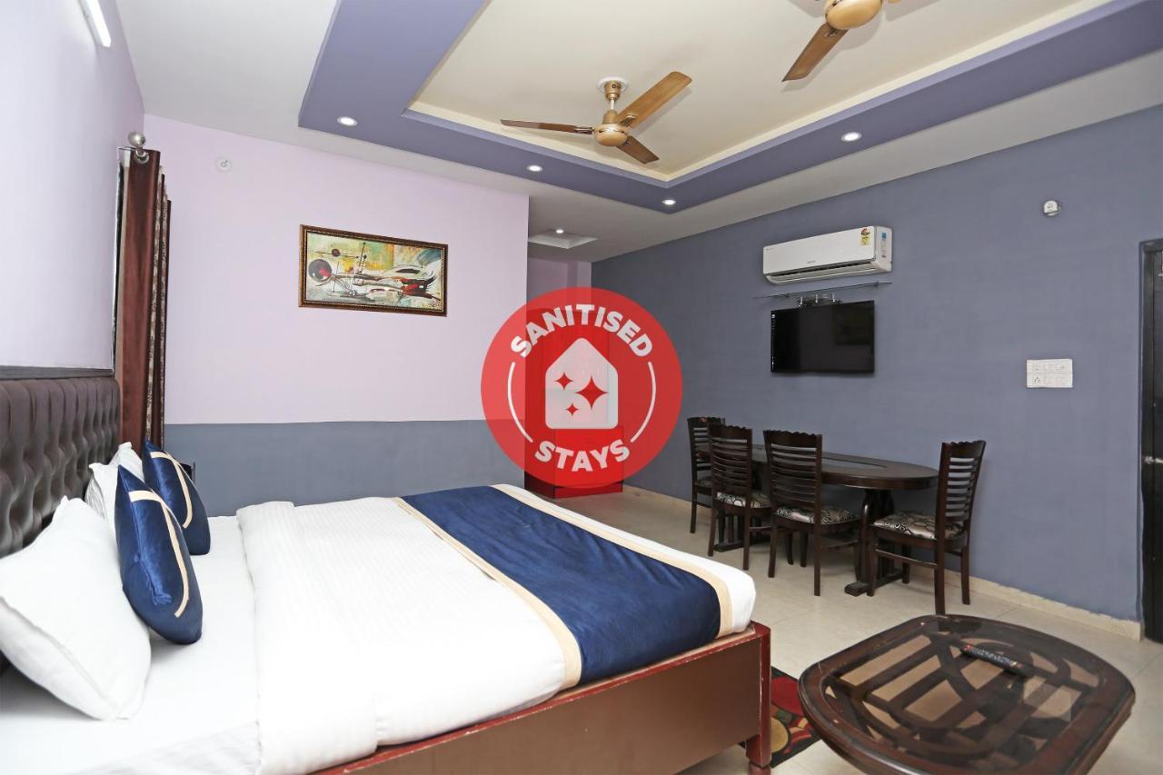 Отель OYO 10827 Hotel Dev Bhoomi - отзывы Booking