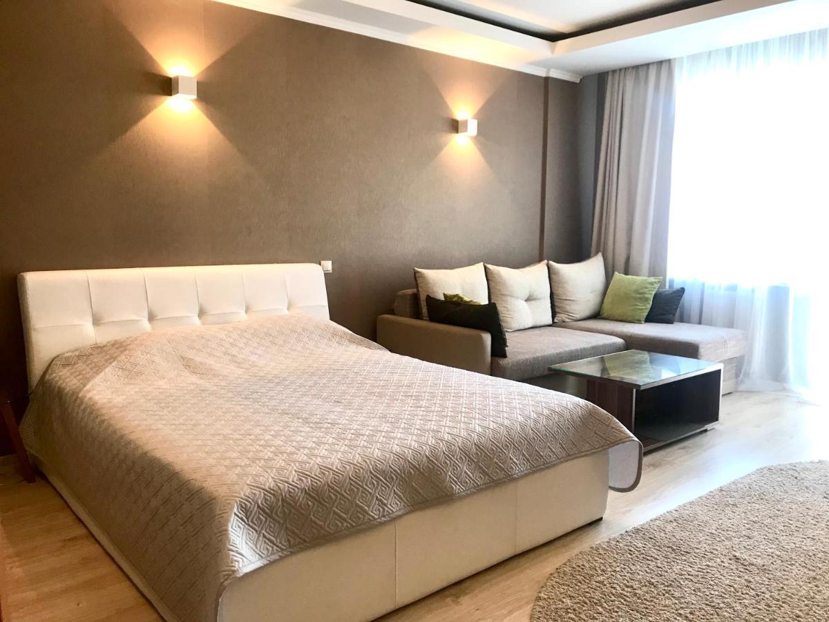 Апартаменты/квартира  Apartments On Generala Ozerova