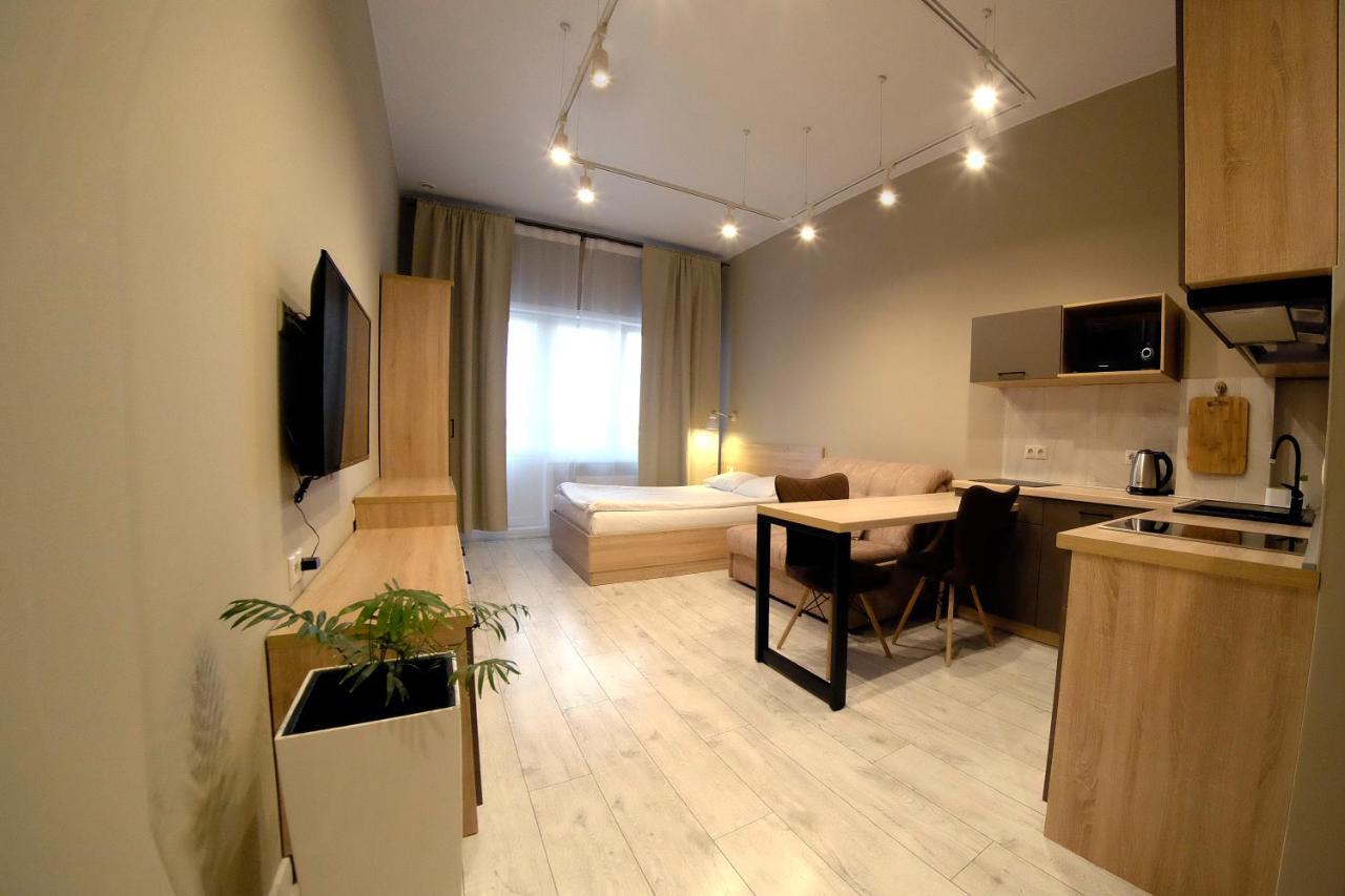 Апартаменты/квартира  Apartment On Voskresenskaya, 59 (19 Th Floor), 228