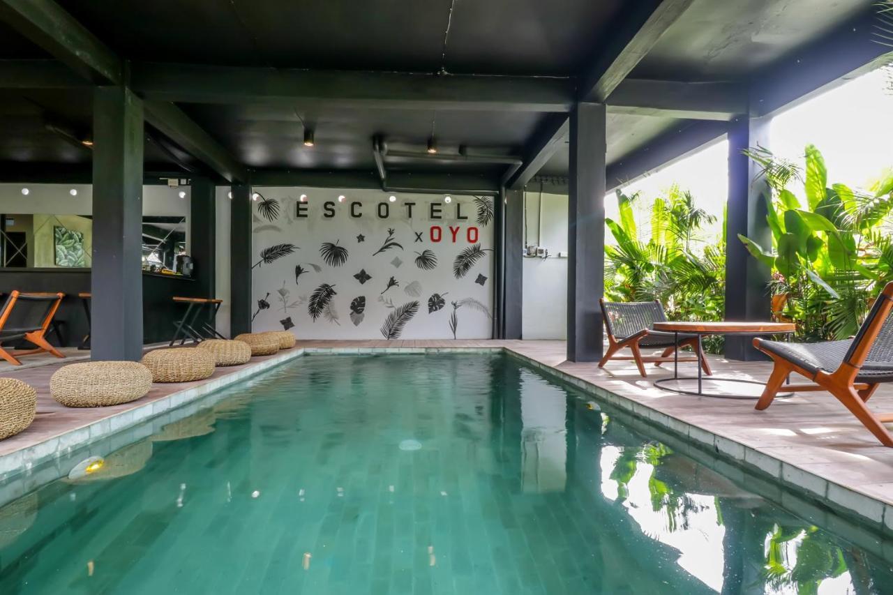 Отель  OYO 2136 Escotel Krisnantara  - отзывы Booking