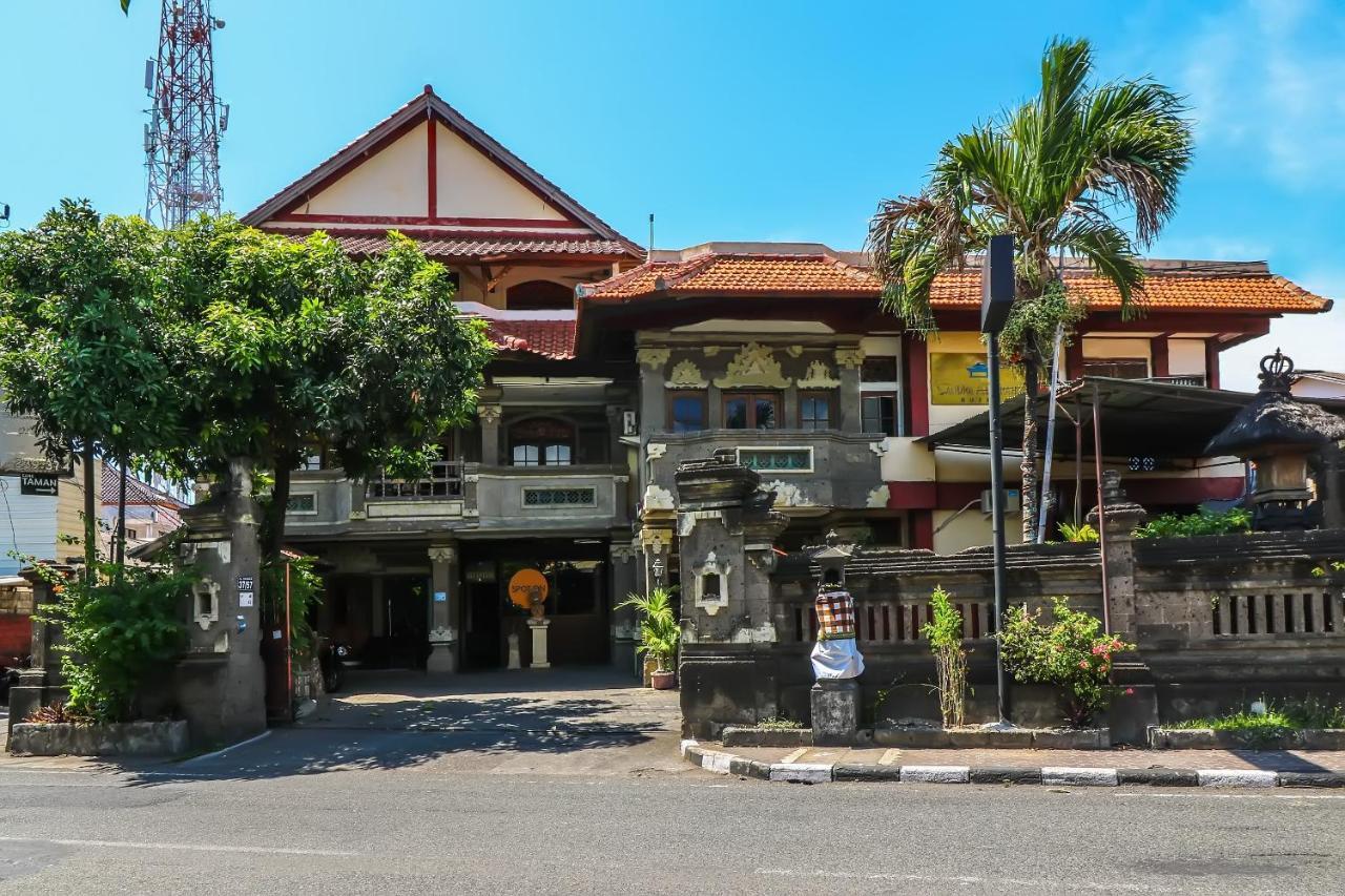 Отель  SPOT ON 1927 Hotel Candra Adigraha  - отзывы Booking