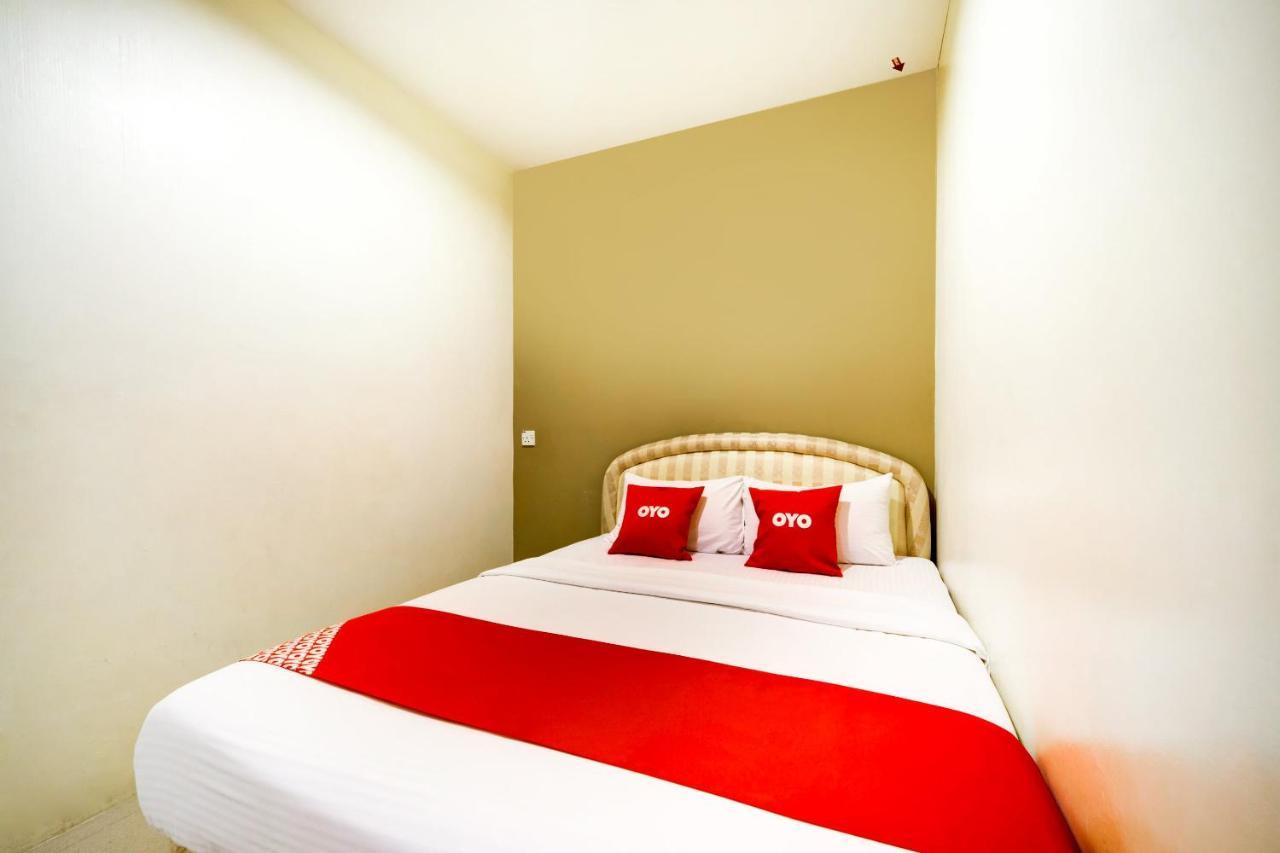 Отель  Отель  OYO 44053 El Zahra Moda Alor Setar