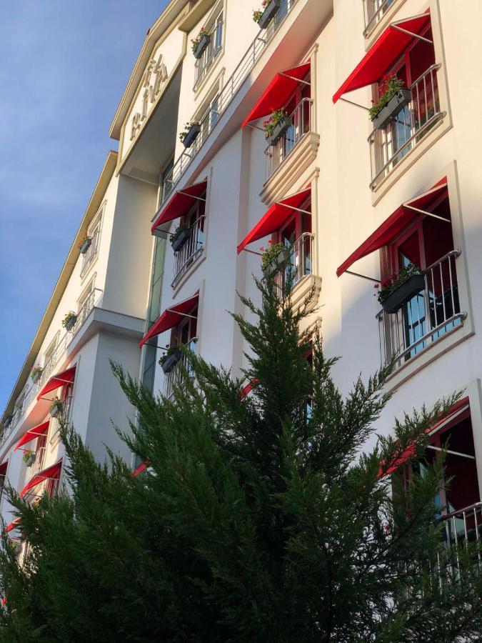 Отель  Отель  Riva Reşatbey Luxury Hotel