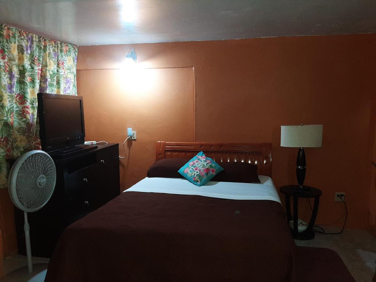 Апартаменты/квартира  Cammile's Guesthouse Studio #2