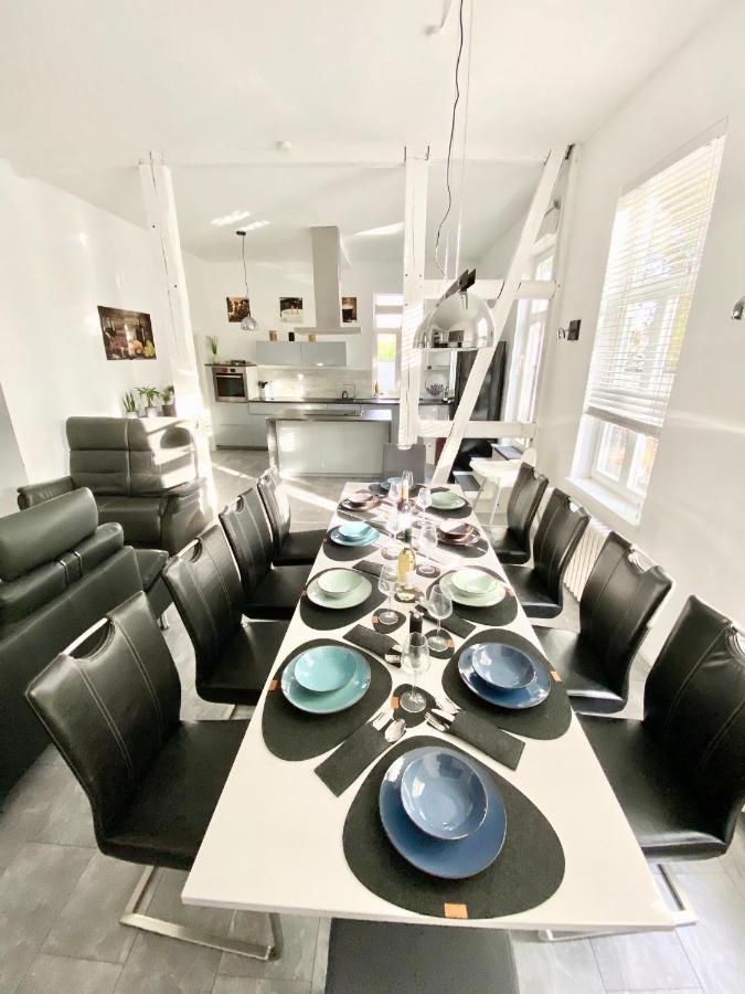 Апартаменты/квартиры  300qm & 180qm Ferienwohnungen Rosentor Goslar Zentrum  - отзывы Booking