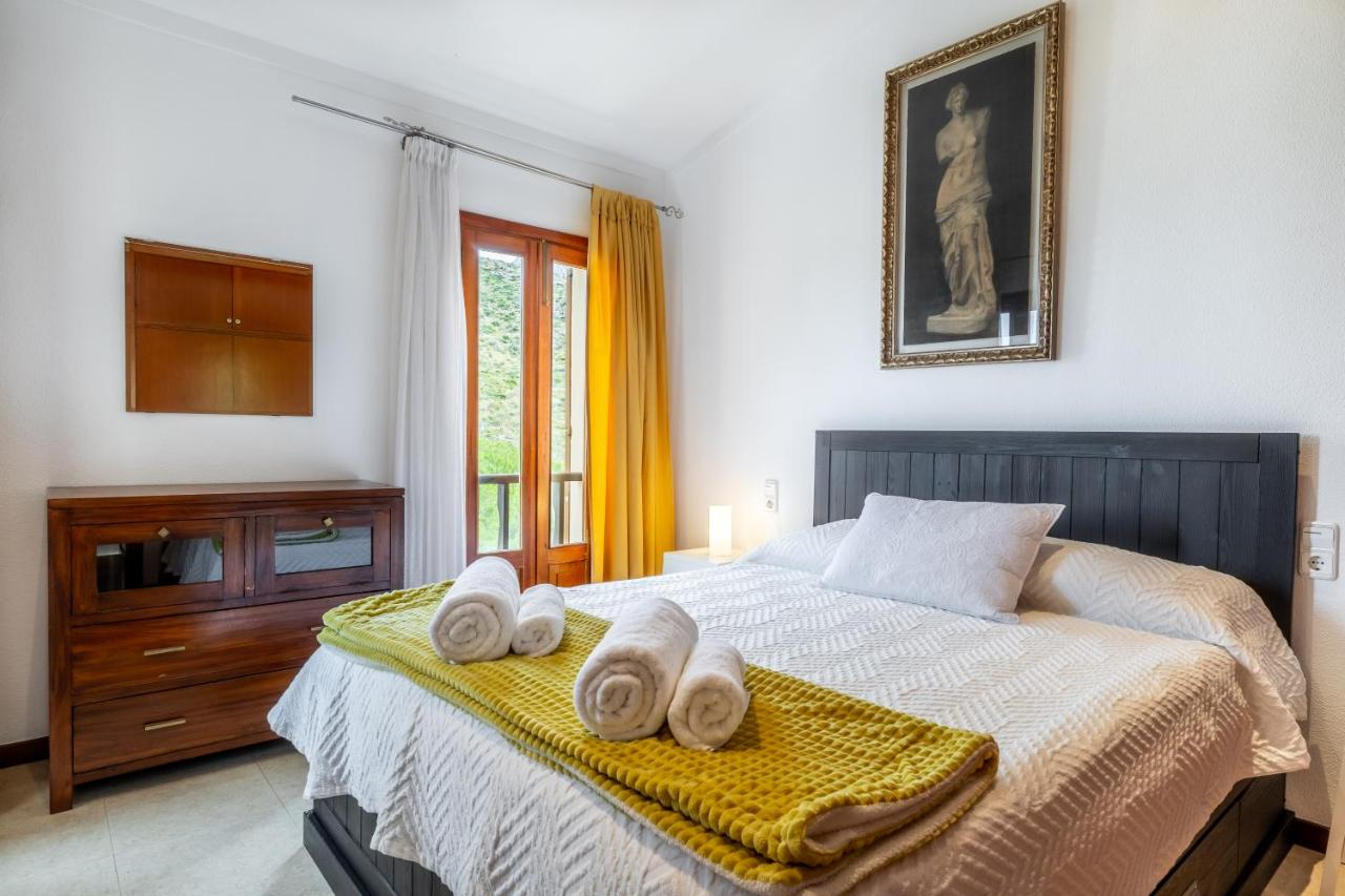 Вилла  Mountain & Sea View - Villa Malva  - отзывы Booking