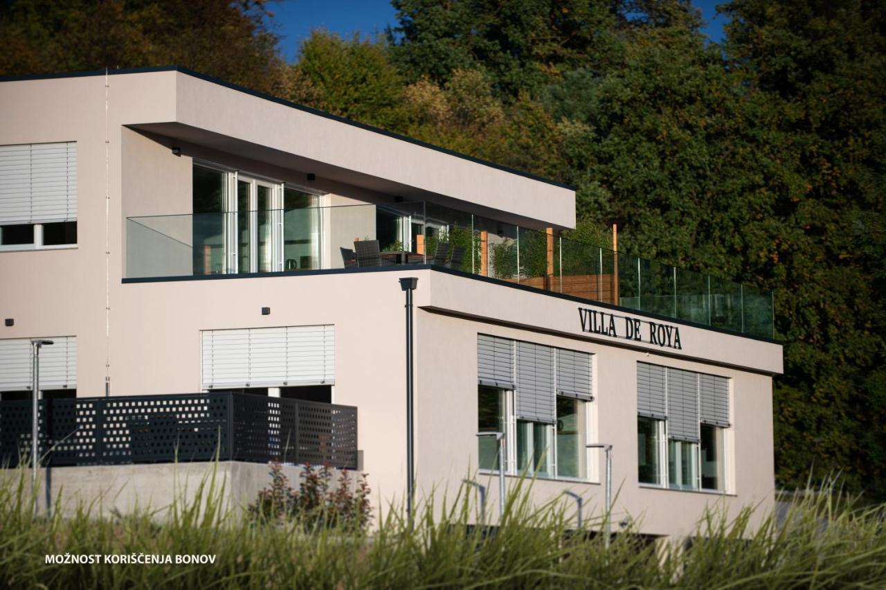 Апартаменты/квартиры  Villa De Roya