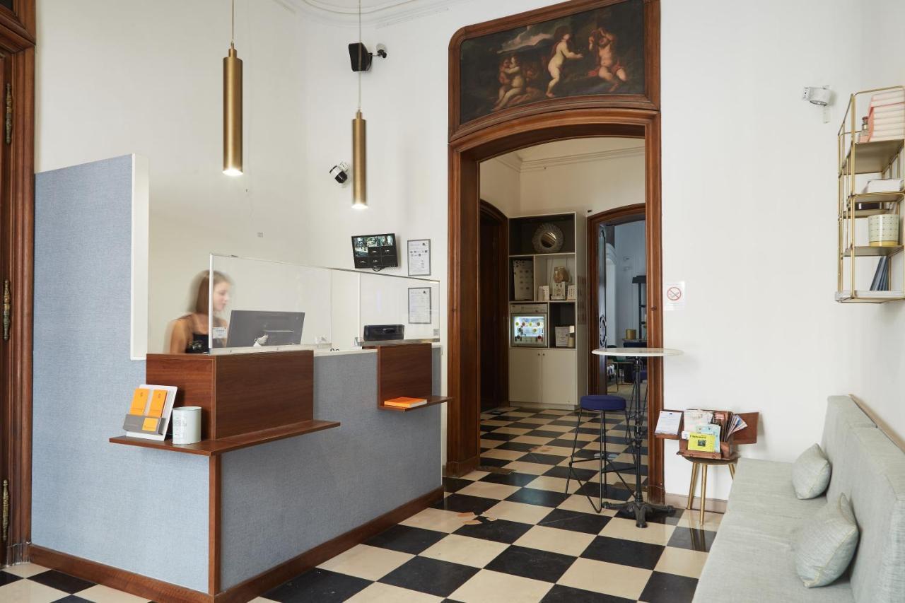 Отель  Отель  Hôtel Maison Montgrand - Vieux Port