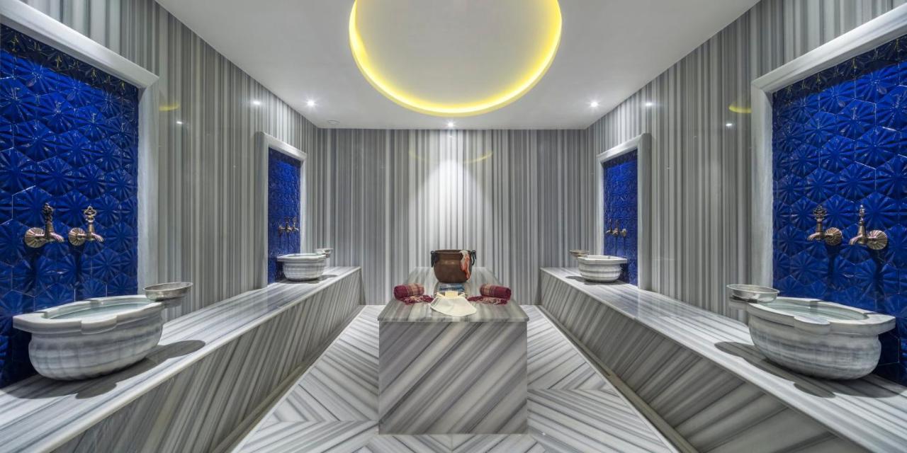 Отель Holiday Inn Istanbul - Tuzla Bay, an IHG hotel - отзывы Booking