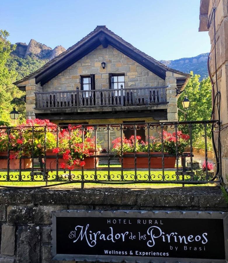 Отель  Hotel Rural El Mirador De Los Pirineos