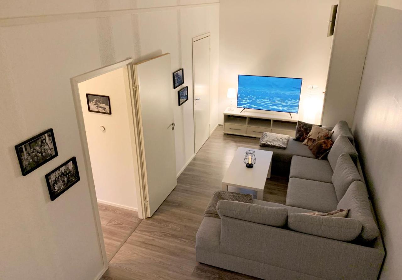Апартаменты/квартира  Wanha Koulu Tahkovuori Onnela - iso perhehuoneisto Liikuntasalilla  - отзывы Booking