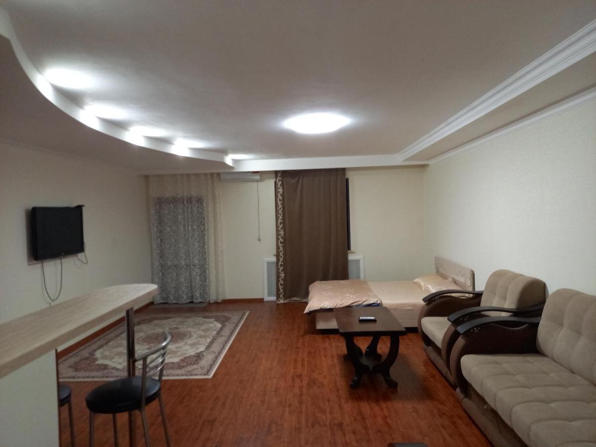 Апартаменты/квартира Белая студия на Волге