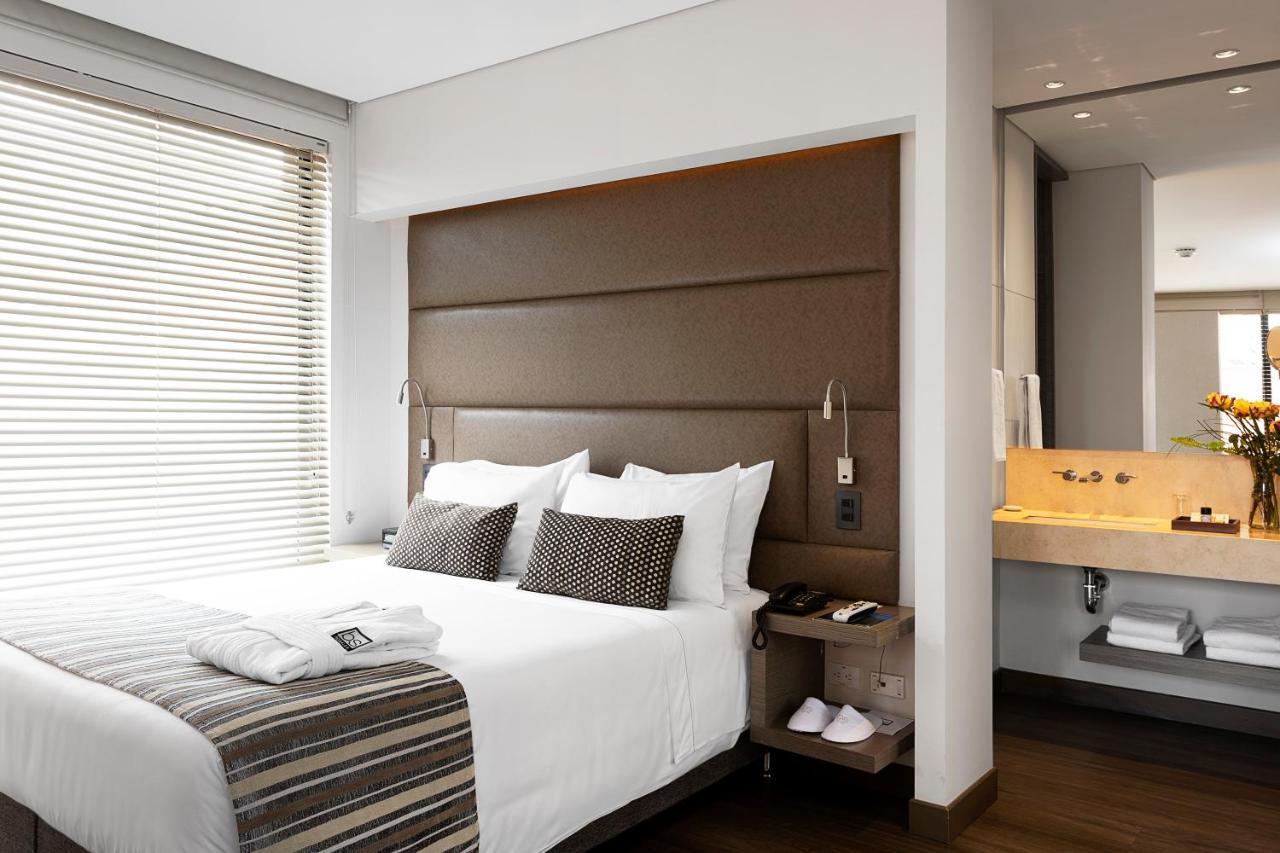 Отель  Отель  Bs Rosales Hotel