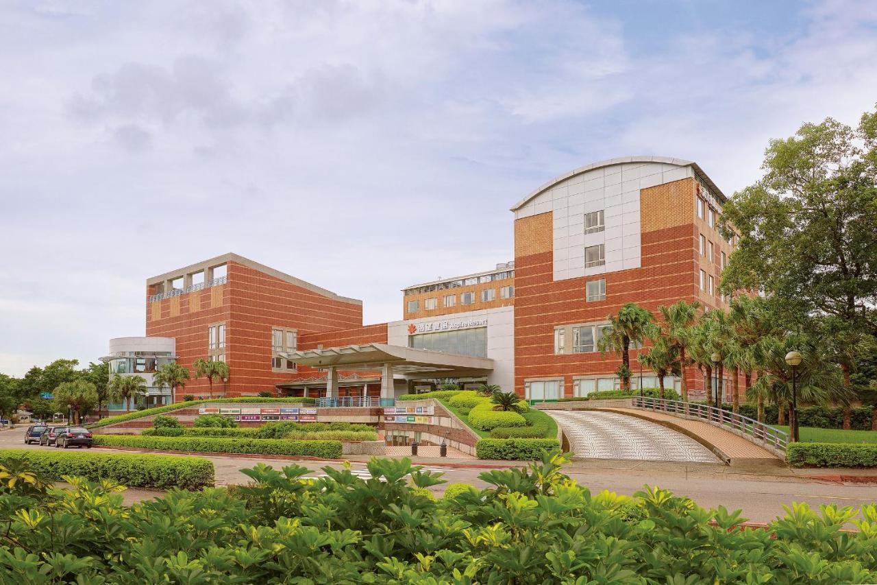 Фото Отель Aspire Resort