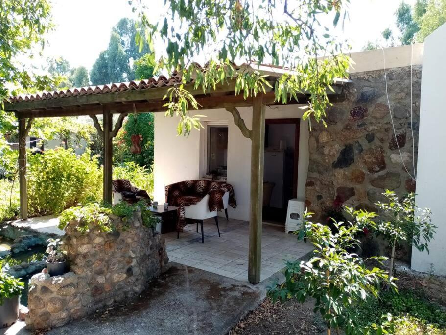 Фото  Дом для отпуска  1BR Tiny House With Garden