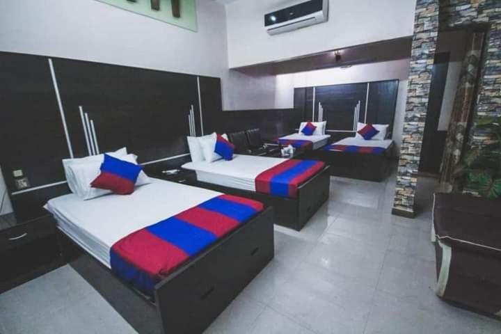 Отель  Отель  Reglia Guest House
