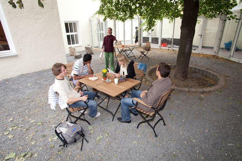 Хостел  Pathpoint Cologne - Backpacker Hostel  - отзывы Booking