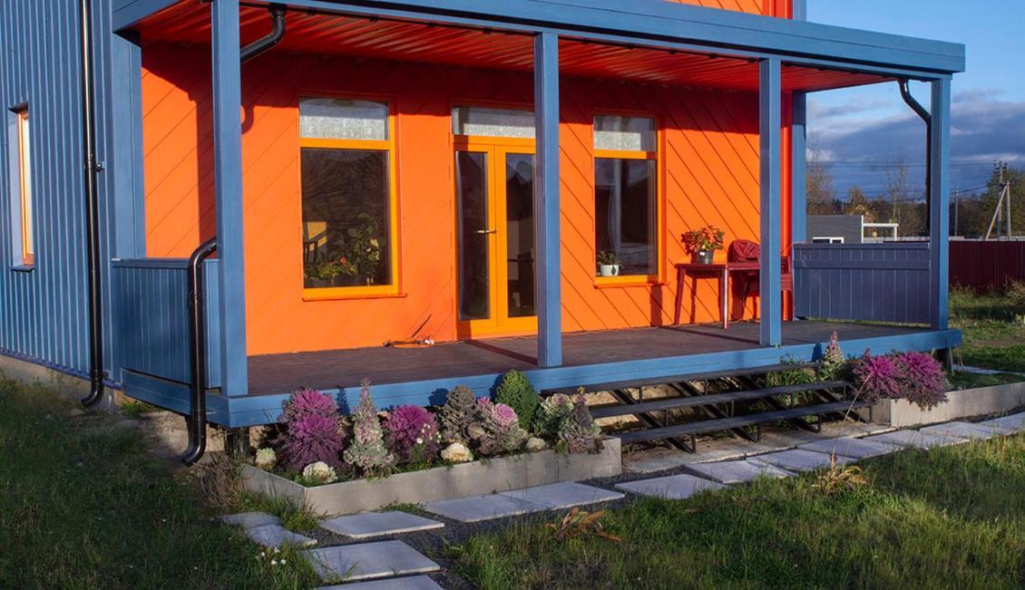 Дом для отпуска  Дизайнерский дом с баней