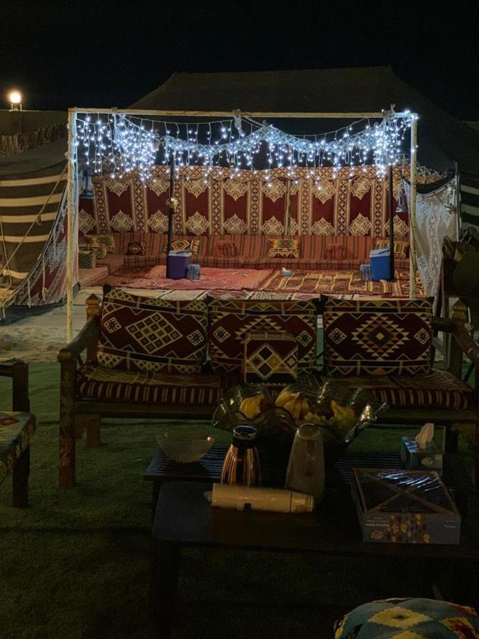 Фото  Люкс-шатер  خيمة العاصمة للفروسية